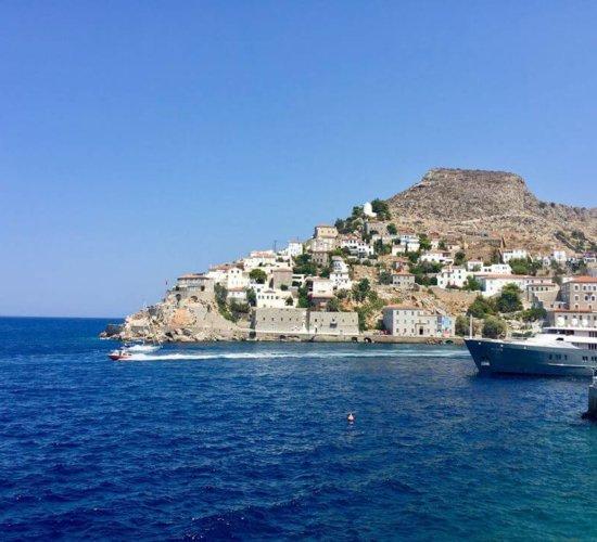 Остров Гидра – затерянный рай