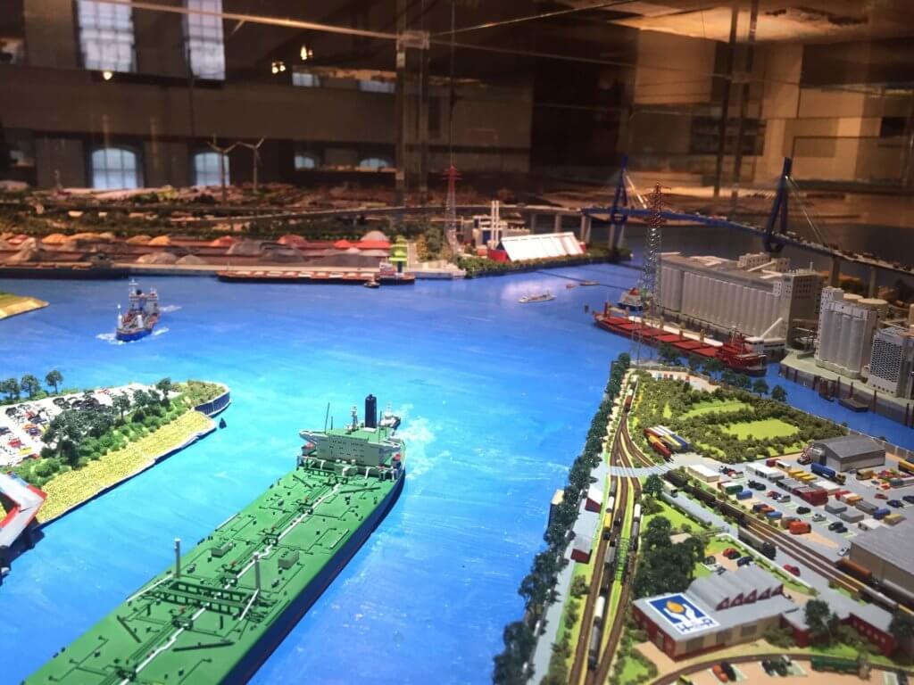 модель гамбургского порта