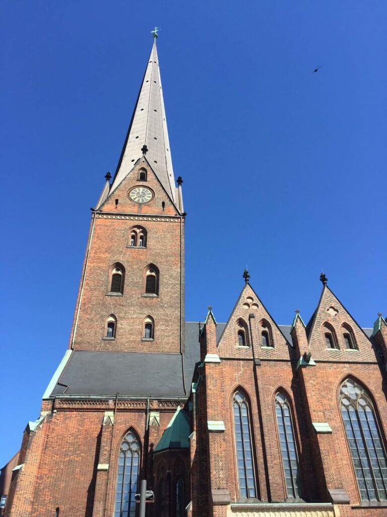 церкви гамбурга читать