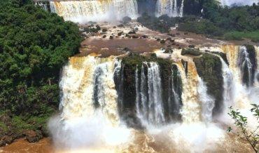 Водопады Игуасу (Бразилия)